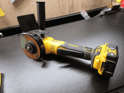 best-Cordless-Angle-Grinders-toolspros
